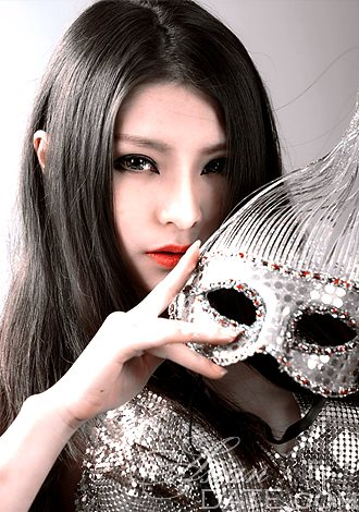 Member from China: Lisha (Lisa) from Shanghai, 28 yo, hair
